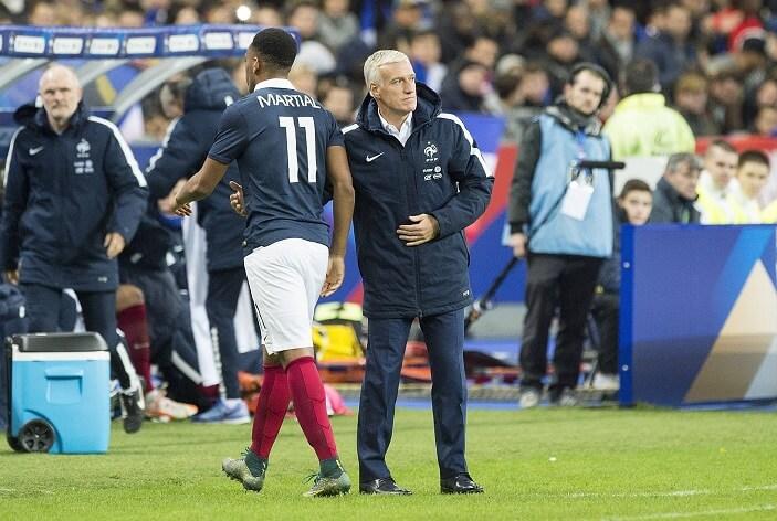 Didier Dechamps under vänskapsmatch