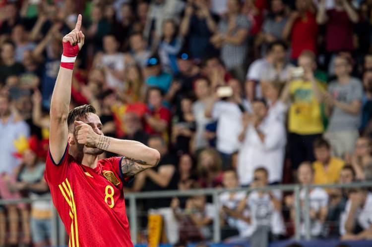 Spaniens Saul gestikulerar